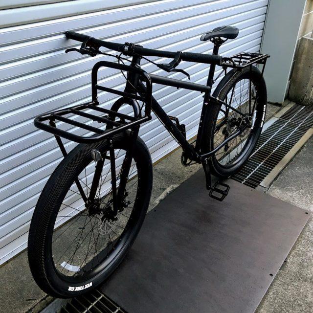 「マウンテンバイクに装備した自転車パーツまとめ【通勤、キャンプ、ポタリング】」のアイキャッチ画像