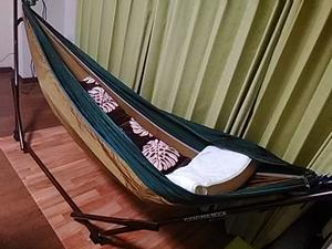 「ハンモックで睡眠は取れる!朝まで快適な寝心地でベッド代わりにも使えます」のアイキャッチ画像