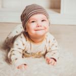 公共の場での泣き止まない赤ちゃんについて考える